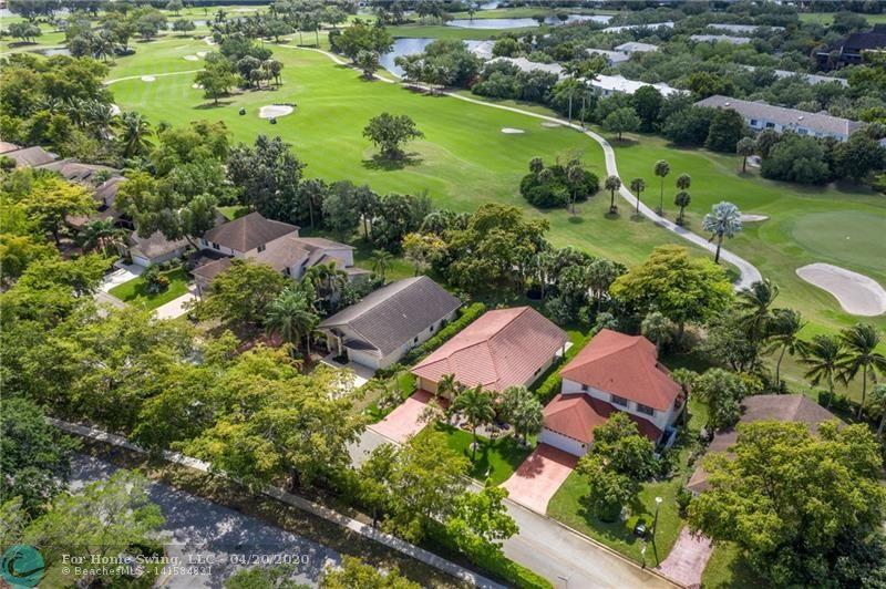 Rare Find in Plantation !! Come Build your dream house on this Large Residential Lot +/- 7,300 Square feet . Stunning private golf course views. Walking distance to places of worship, Central park, aquatic center, American Heritage Westfield and sawgrass Malls, Highways, and Airport.