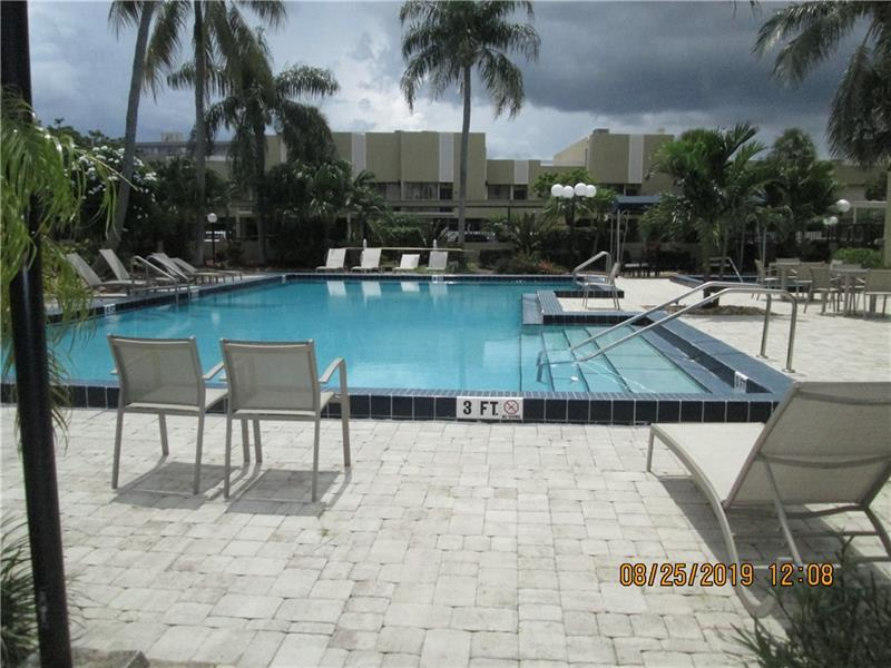Great sized heated pool