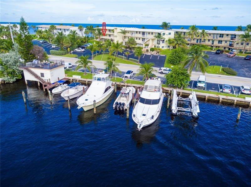 Docks when available can accommodate up to a 60 ft boat.  Monthly rental is $125-135 depending on size of boat