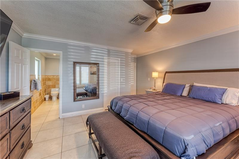 Large and spacious master bedroom with en suite bathroom