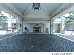 LUXURY ALL THE WAY , GORGEOUSE UNIT 2/2 OCEANFRONT IN A LUXURY BUILDING 5 STAR AMENETIES , UNIT DECO