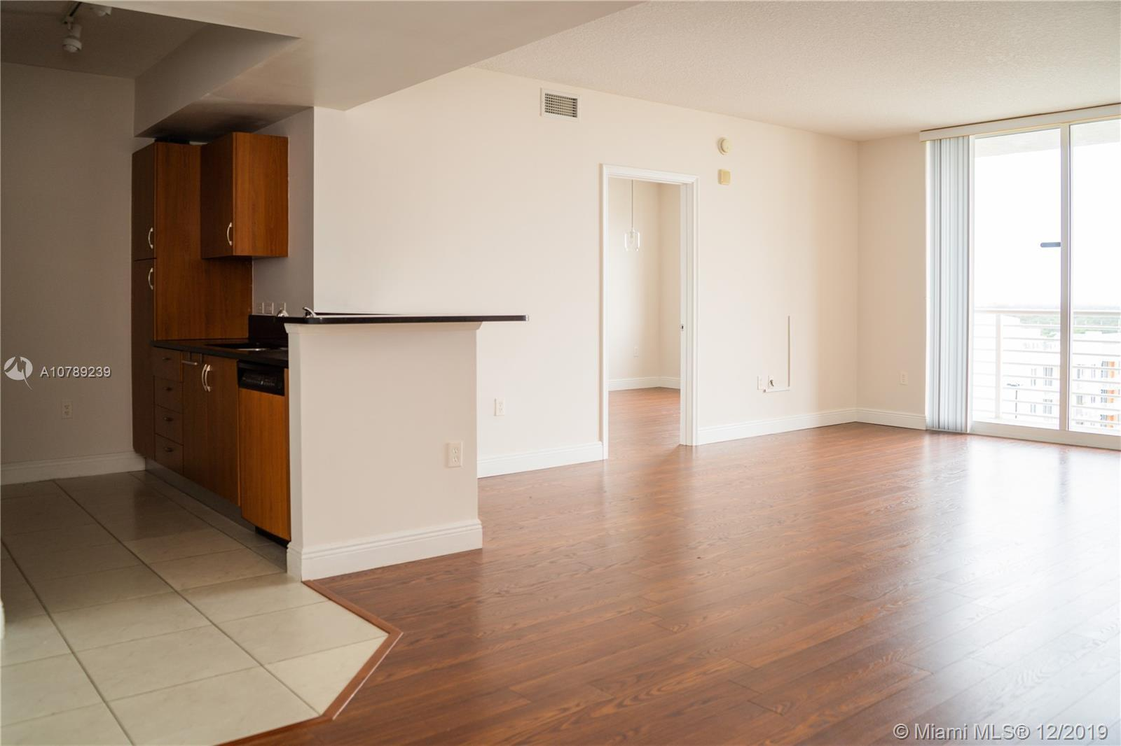 Clean and Ready! 2 bedroom & 2 bathrooms. Sunset Views! This building is a great place to call home