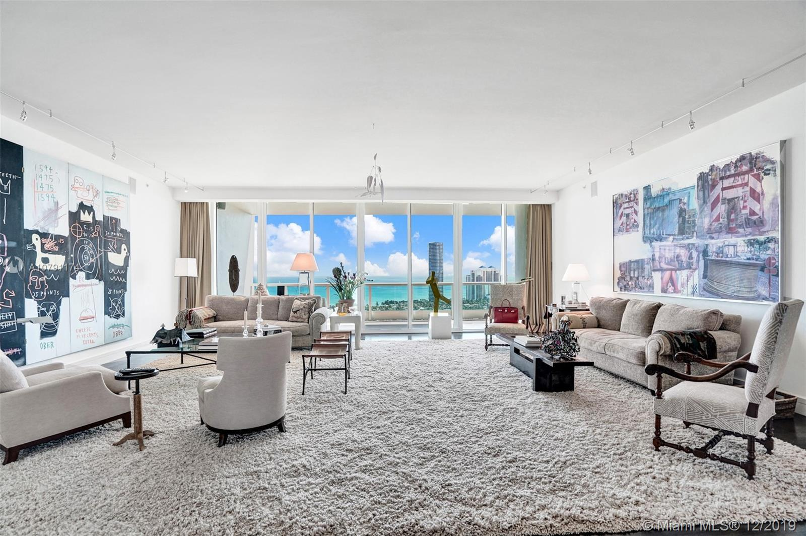 Magnificent condo being presented by Porto Vita's North Tower. Marvelous flow thru views are the bac