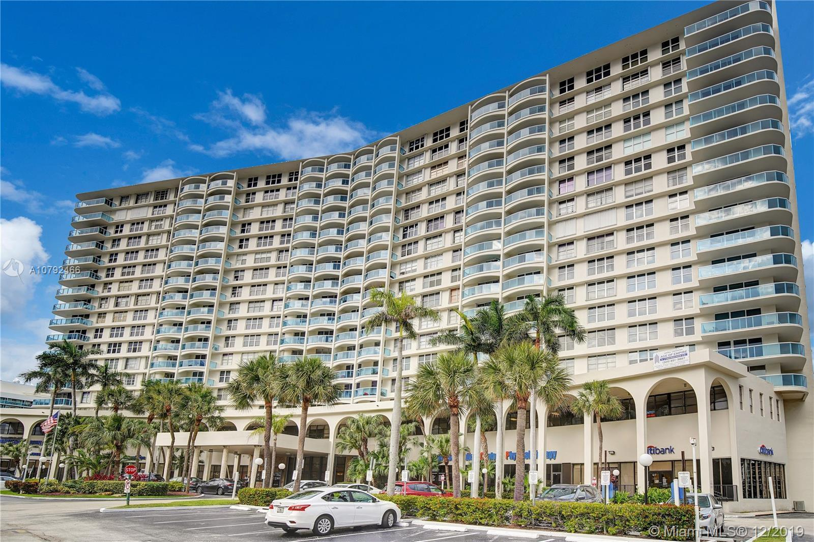 SUPERB AND SPACIOUS CORNER UNIT 3 BEDROOM-2 BATHS WITH BEAUTIFUL AND PEACEFUL INTRACOASTAL VIEW AND