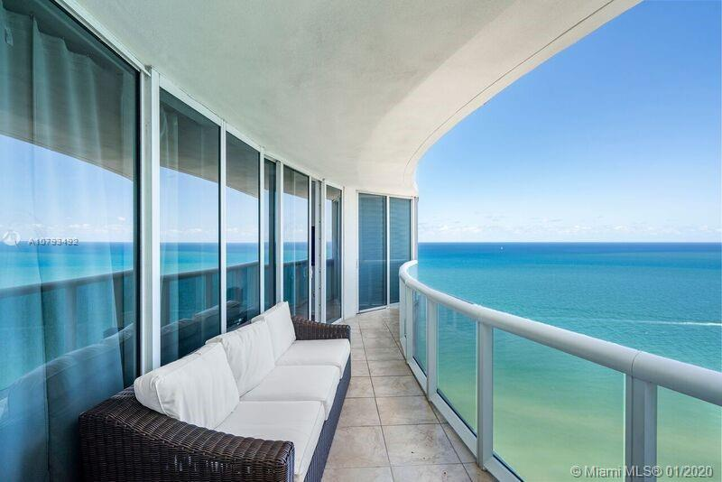 LUXURY  BUILDING, STUNNING CONDO WITH WRAPAROUND TERRACE OVERLOOKING THE OCEAN, ALL MIELE APPLIANCES