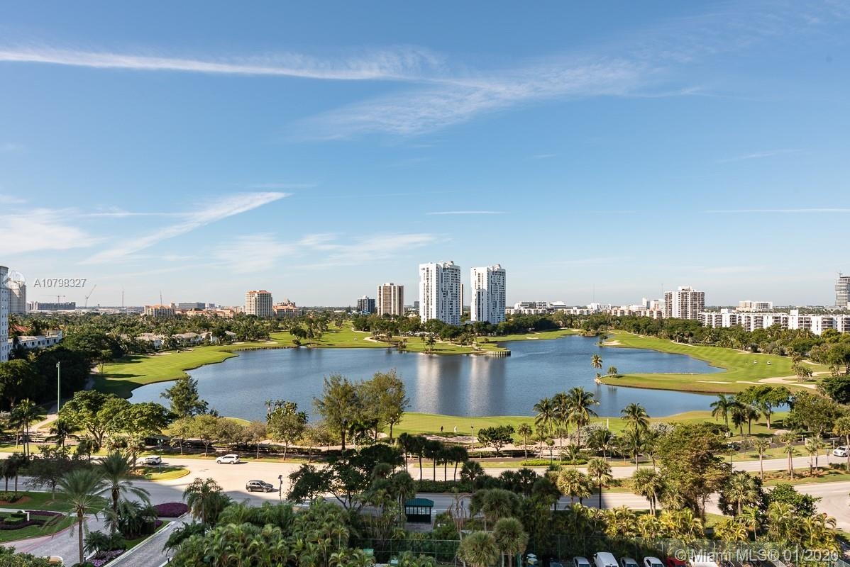 LOCATION AND VIEWS!!! THIS AIRY AND BRIGHT UNIT IS LOCATED IN THE HEART OF AVENTURA, RIGHT AT THE CI