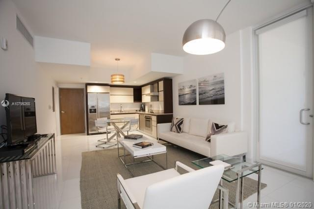 GORGEOUS...TOWNHOUSE LIFESTYLE. CONVENIENTLY LOCATED ON A FIRST FLOOR WITH DIRECT ACCESS TO A QUIET