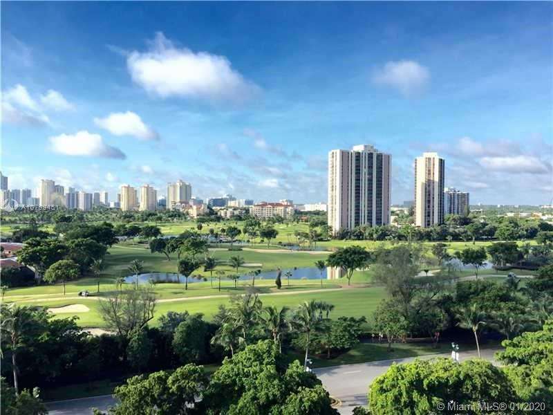 GORGEOUS STUNNING ALL NEWLY RENOVATED 2/2 IN THE HEART OF AVENTURA, PERFECT LOCATION WITH GOLF VIEWS