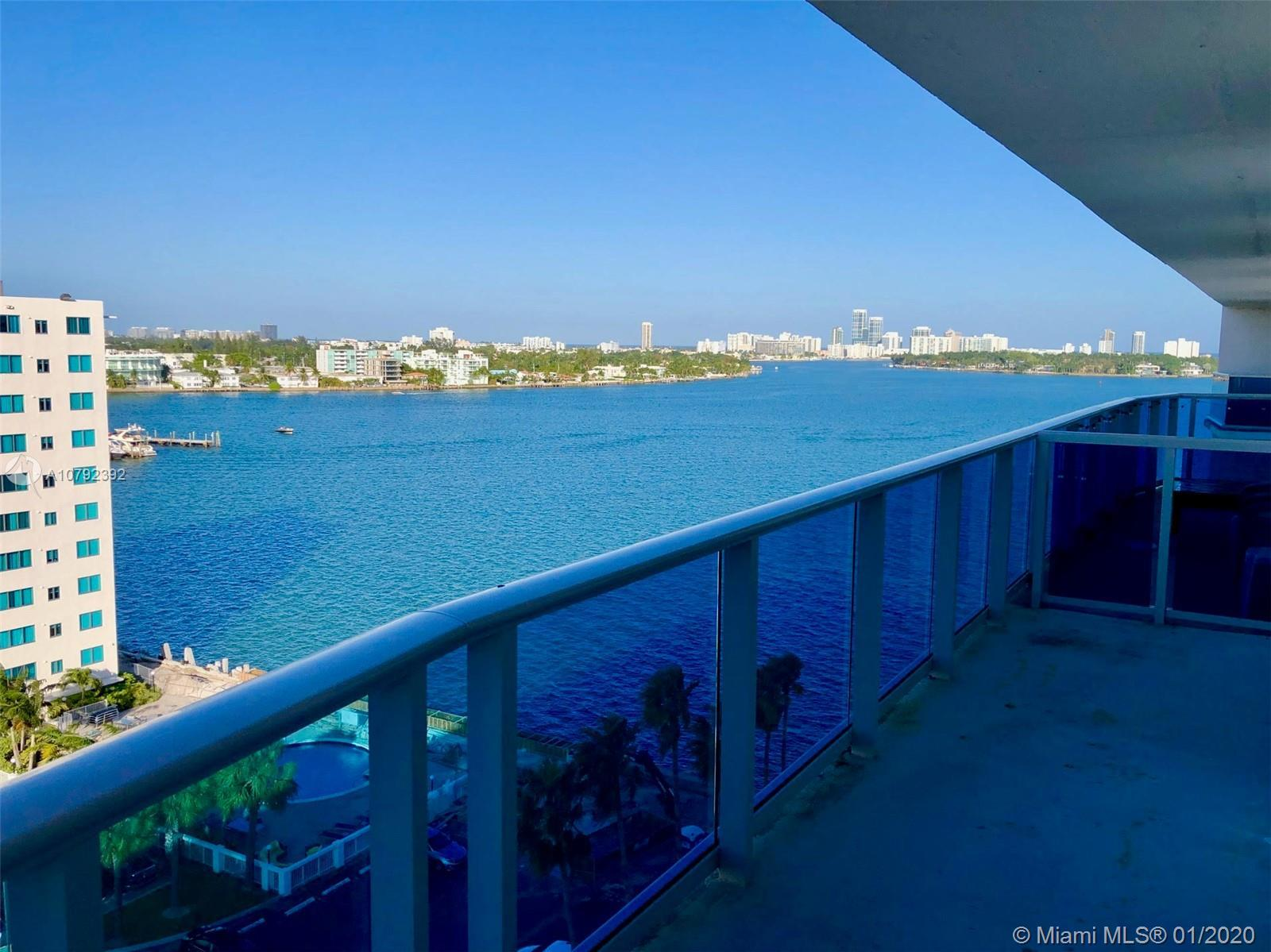 THE BEST PRICED 2-BED 2-BATH PENTHOUSE CONDO AT TREASURES ON THE BAY. Beautiful North Bay Village lo