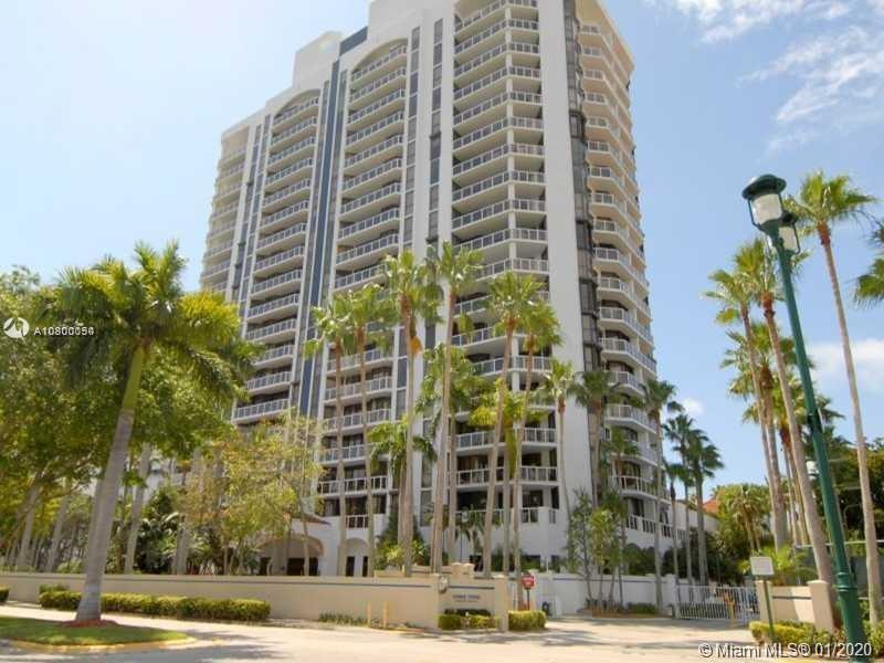 THE $$$/SQFT WITH GREAT VIEWS - SELLER WILL ENTERTAIN ALL OFFERS - 2 BD+DEN. 2 PARKING SPACES. HIGH-