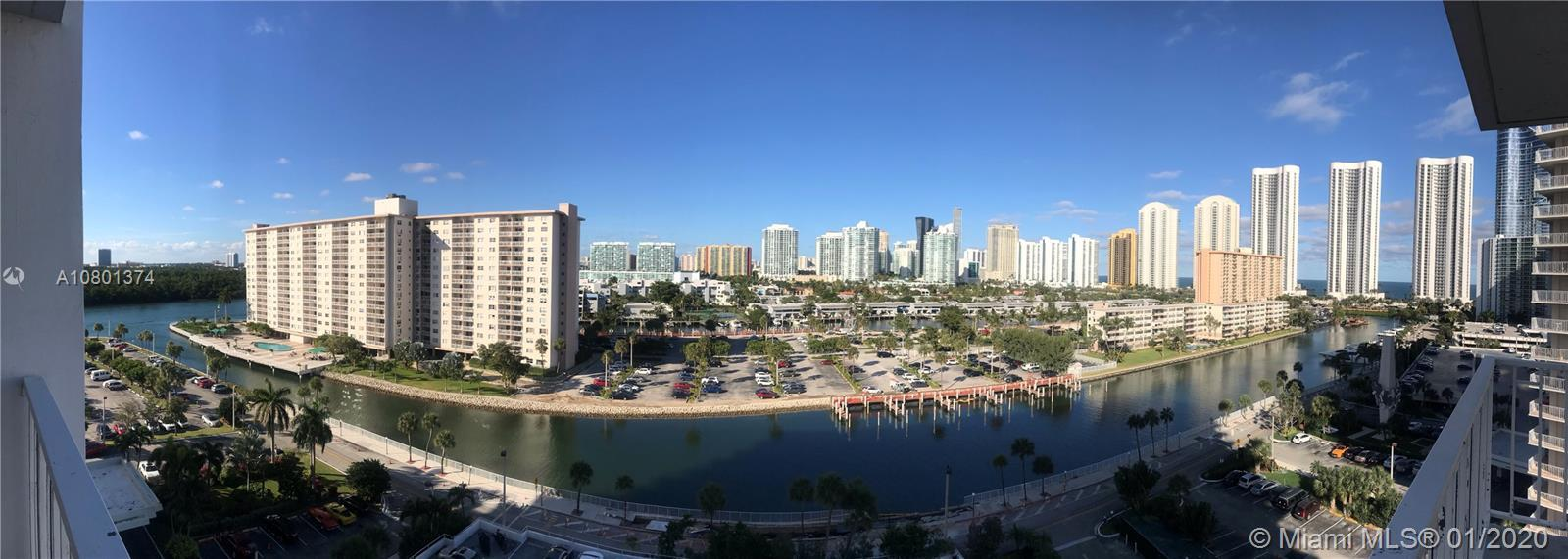 Beautiful  2 bed apartment in the heart of sunny isles 