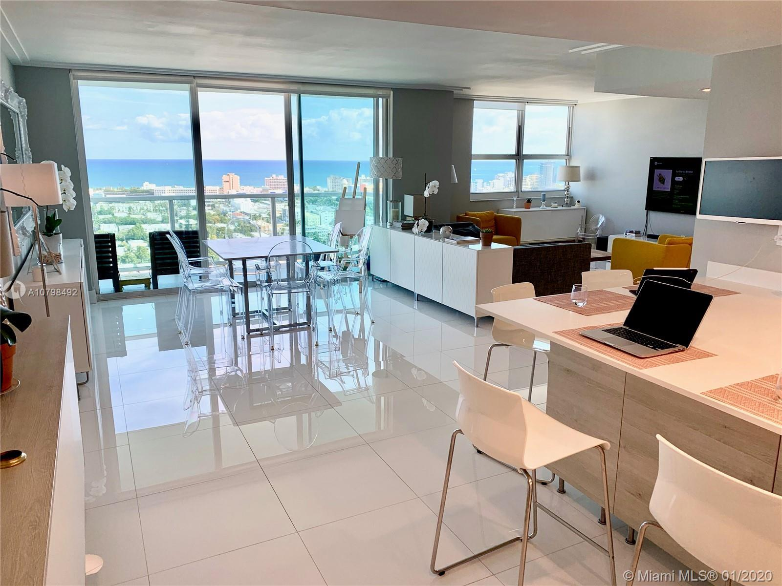 Unique Beautiful 3 bedrooms converted in a spacious 2 bedrooms on the 26th floor with unobstructed 1