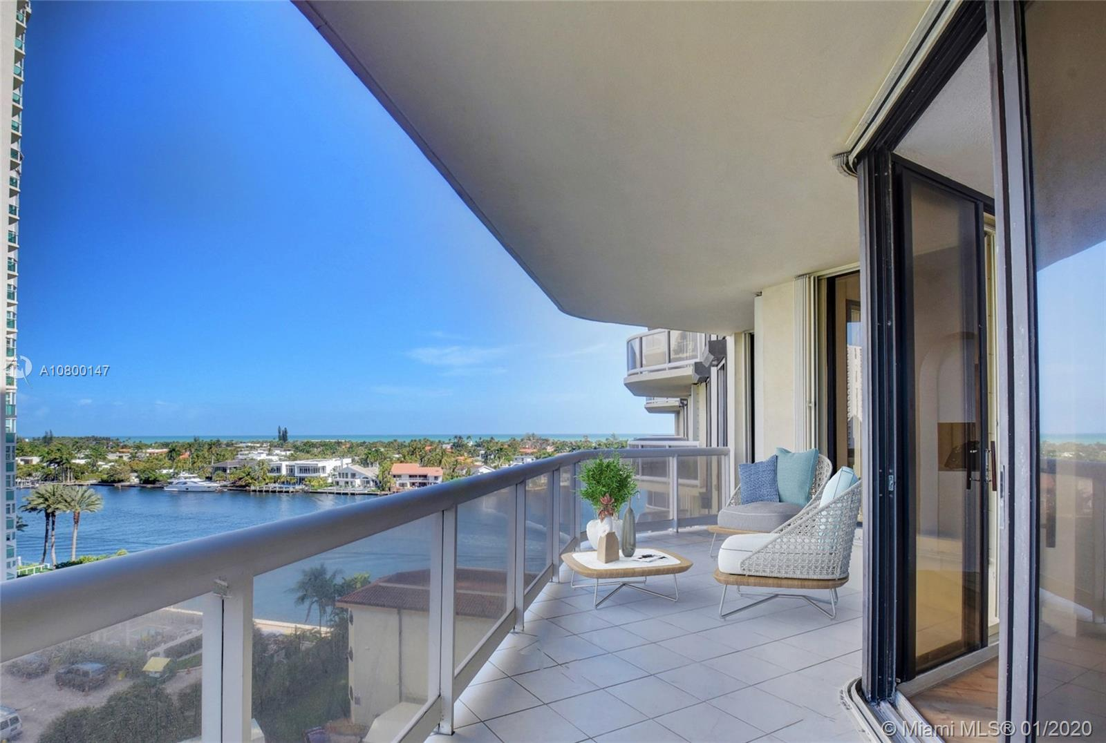 Remodeled 2/2 corner unit 1460 Sq. ft. Located at Terraces at Turnberry,tastefully decorated with la