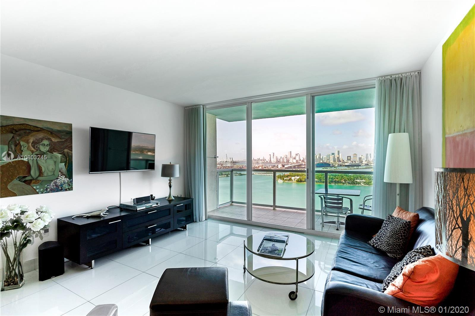 Spectacular and endless views of Biscayne Bay and the Miami skyline. This stunning 2 BD/2 BA 1225sqf