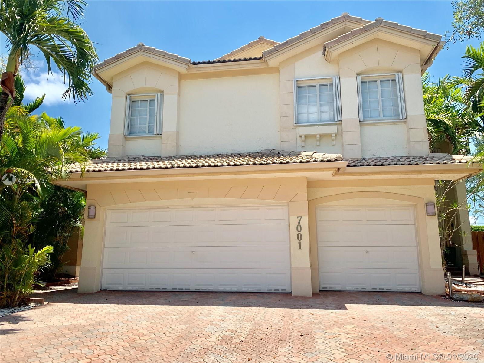 BEAUTIFUL SINGLE FAMILY HOME AT THE PRESTIGIOUS COMMUNITY AT DORAL ISLES – ST CROIX. REMODELED  5 BE