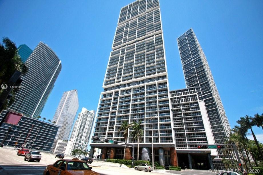 Stunning fully furnished 1 Bed 1 Bath condo with italian marble floors all throughout. Extraordinary