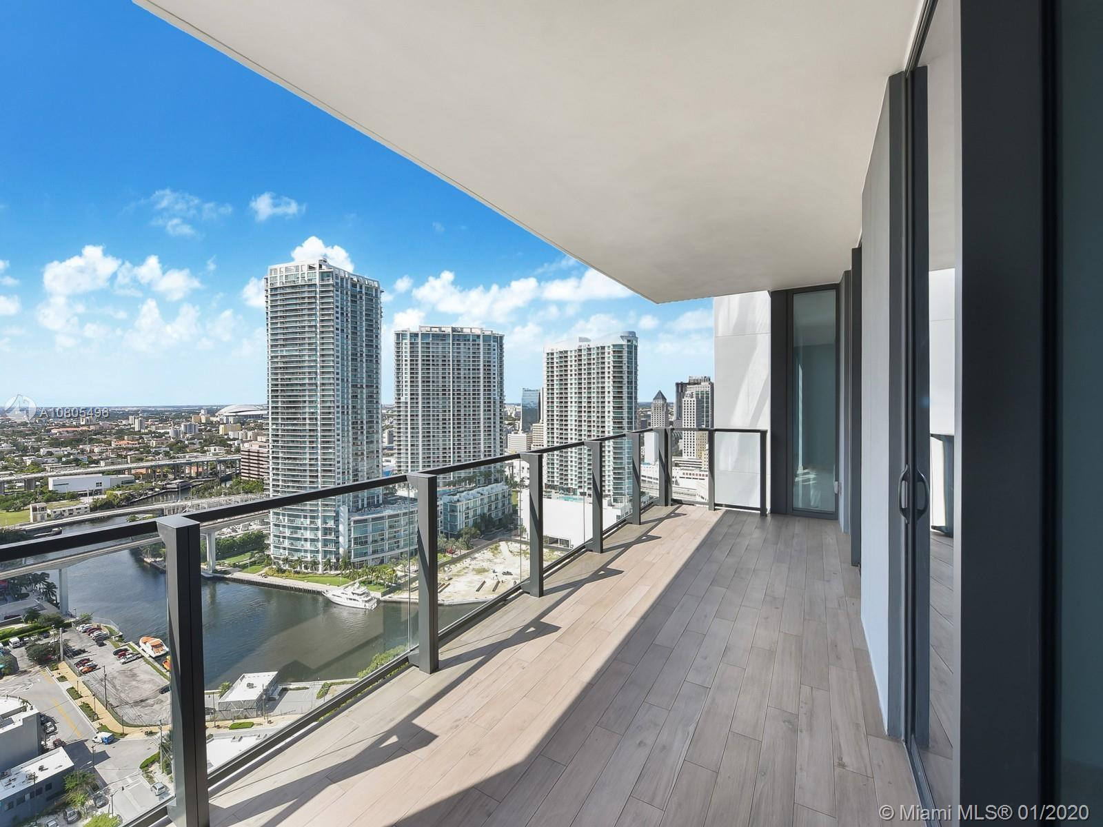 Be part of the Exclusive Reach at Brickell City Centre. This 2 bed/ 2 baths apartment features sophi