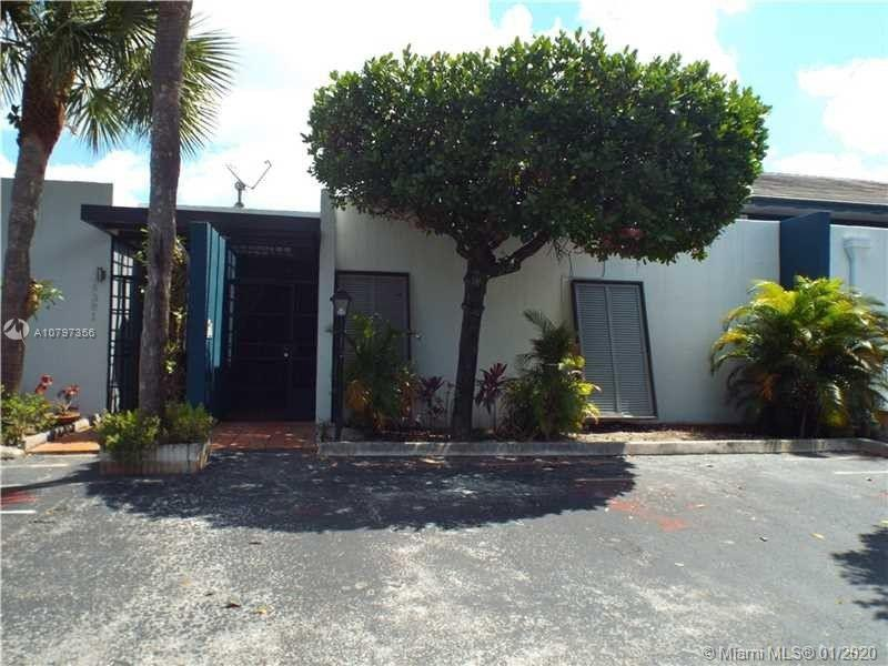 Rare opportunity to buy in the desirable Windmill Gate community in the heart Miami Lakes. This home