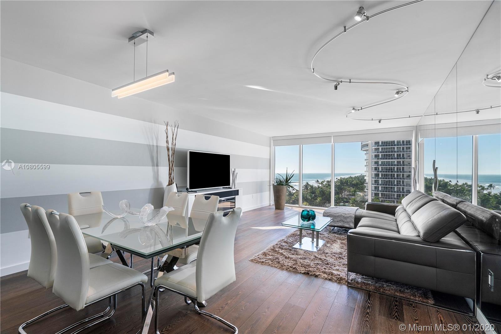 Stunning ocean views from the best line at the Harbour House. This totally upgraded unit has direct