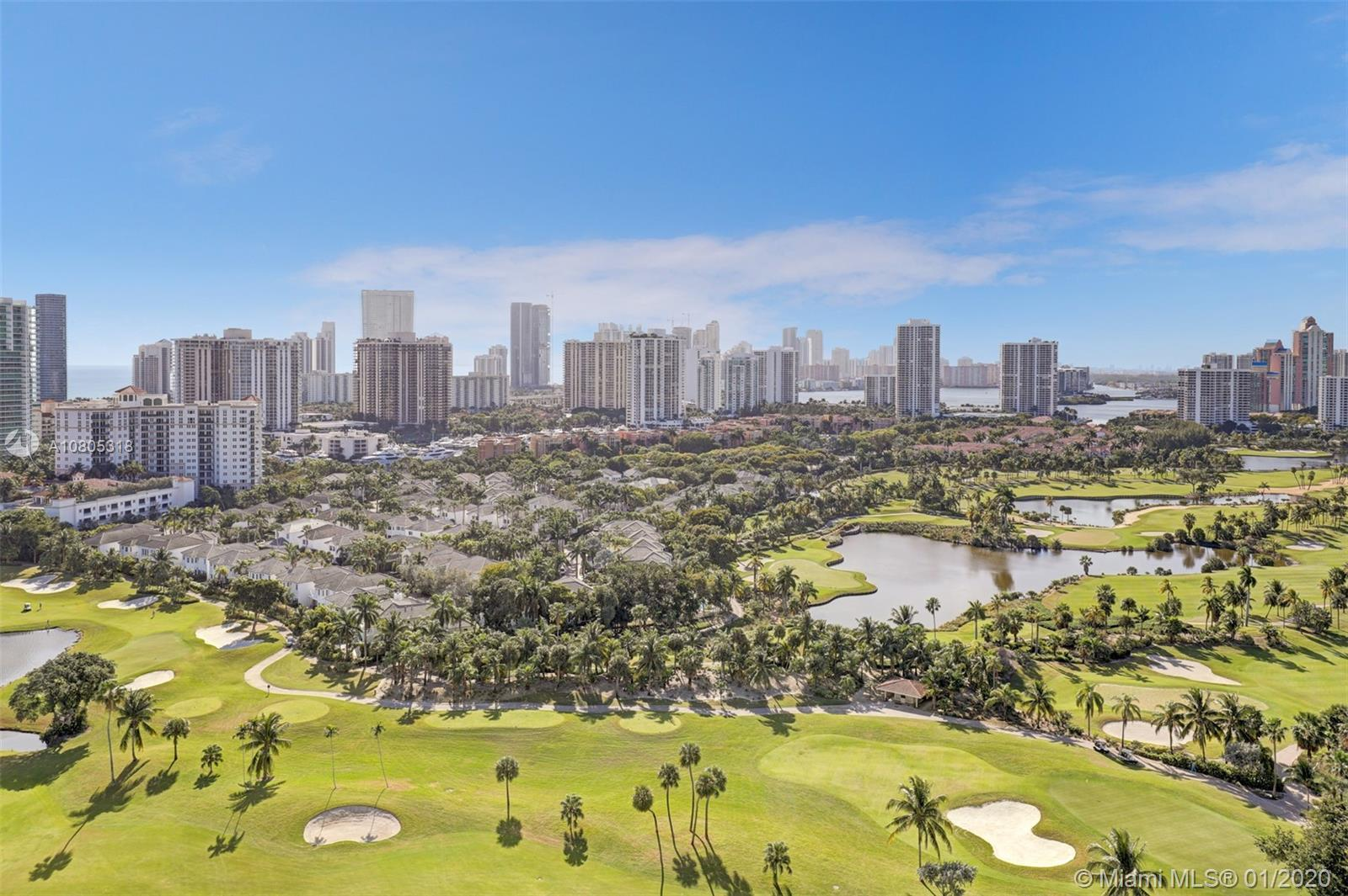 Panoramic golf course, skyline, and water views from this wonderful 2/2 in desirable Aventura commun