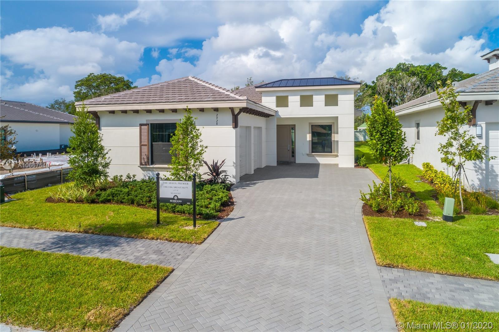 IMMEDIATE OCCUPANCY & MOVE-IN READY HOME!!