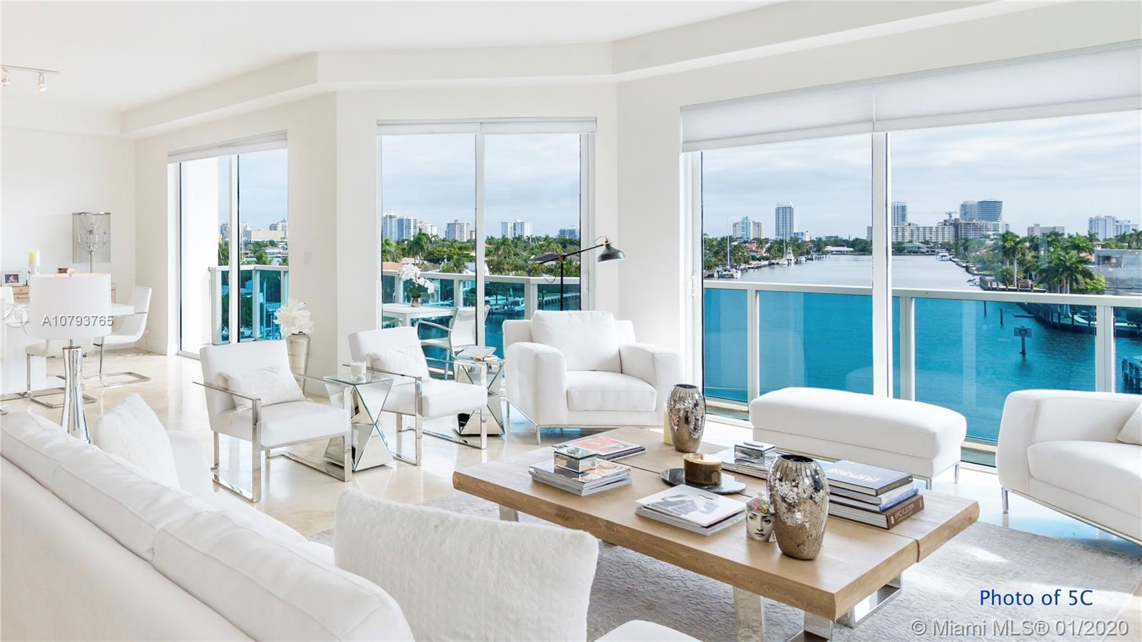 You Opportunity to Own The Best View on the Las Olas Isles in this Spacious 2 Bedroom Encompassing t