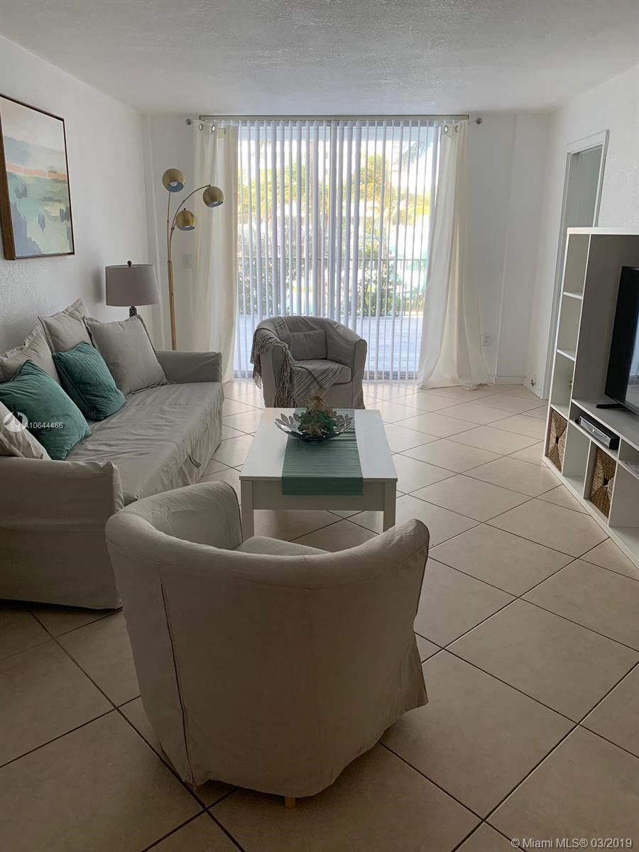BEAUTIFUL AND LARGE UNIT WITH HUGE TERRACE OVERLOOKING THE OCEAN. . COMPLETELY REMODELED,AND FURNISH