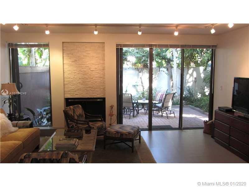 Two Story Townhouse ideally located on Brickell Avenue, in gated community. Two bedrooms and two ful