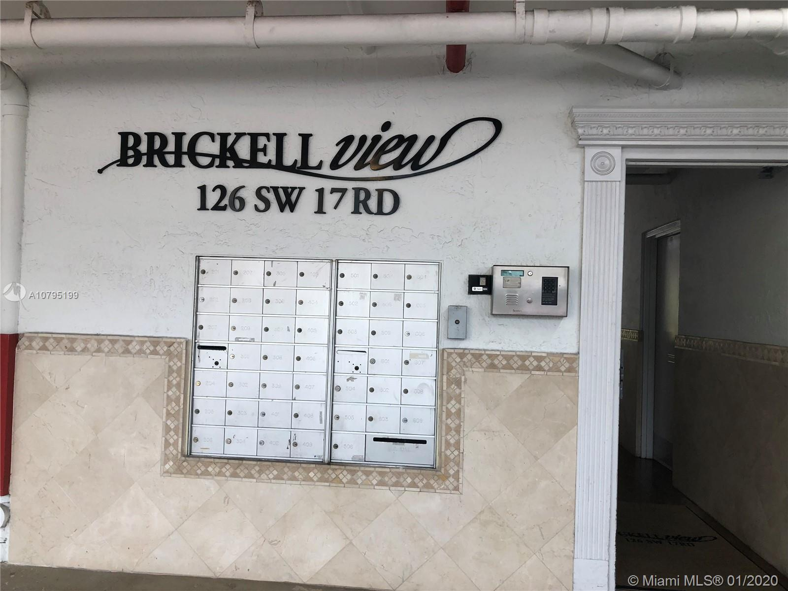 BEAUTIFUL 2 BEDROOMS 1 BATH IN A VERY DESIRABLE AREA CLOSE TO BRICKELL, RESTAURANTS, SHOPPING, METRO