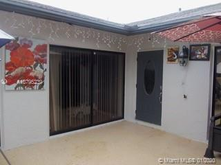 Beautiful, nice, clean, upgraded 3 bedrooms 2 bathrooms villa in the heart of Palm Beach, Summit Pin