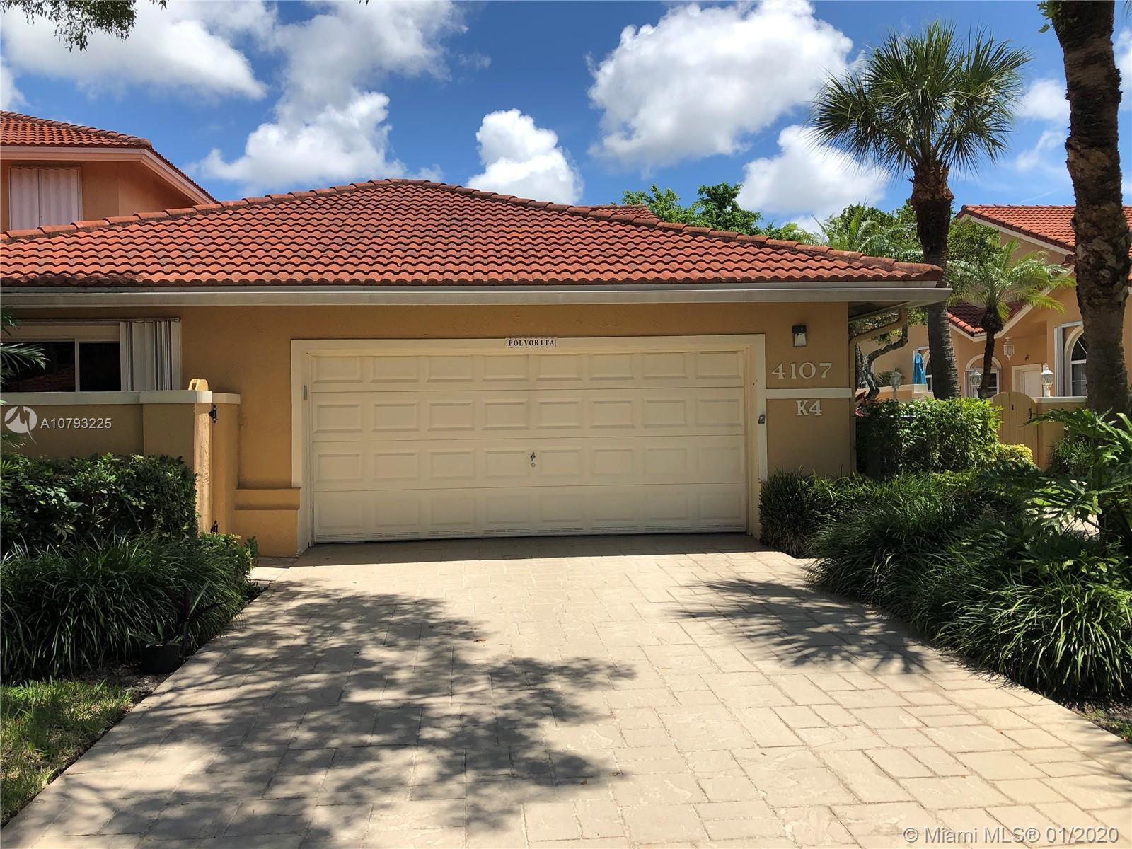 Back on Market!!!! Gorgeous property in the beautiful Misty Oaks section of Palm Aire. Spacious 1 st