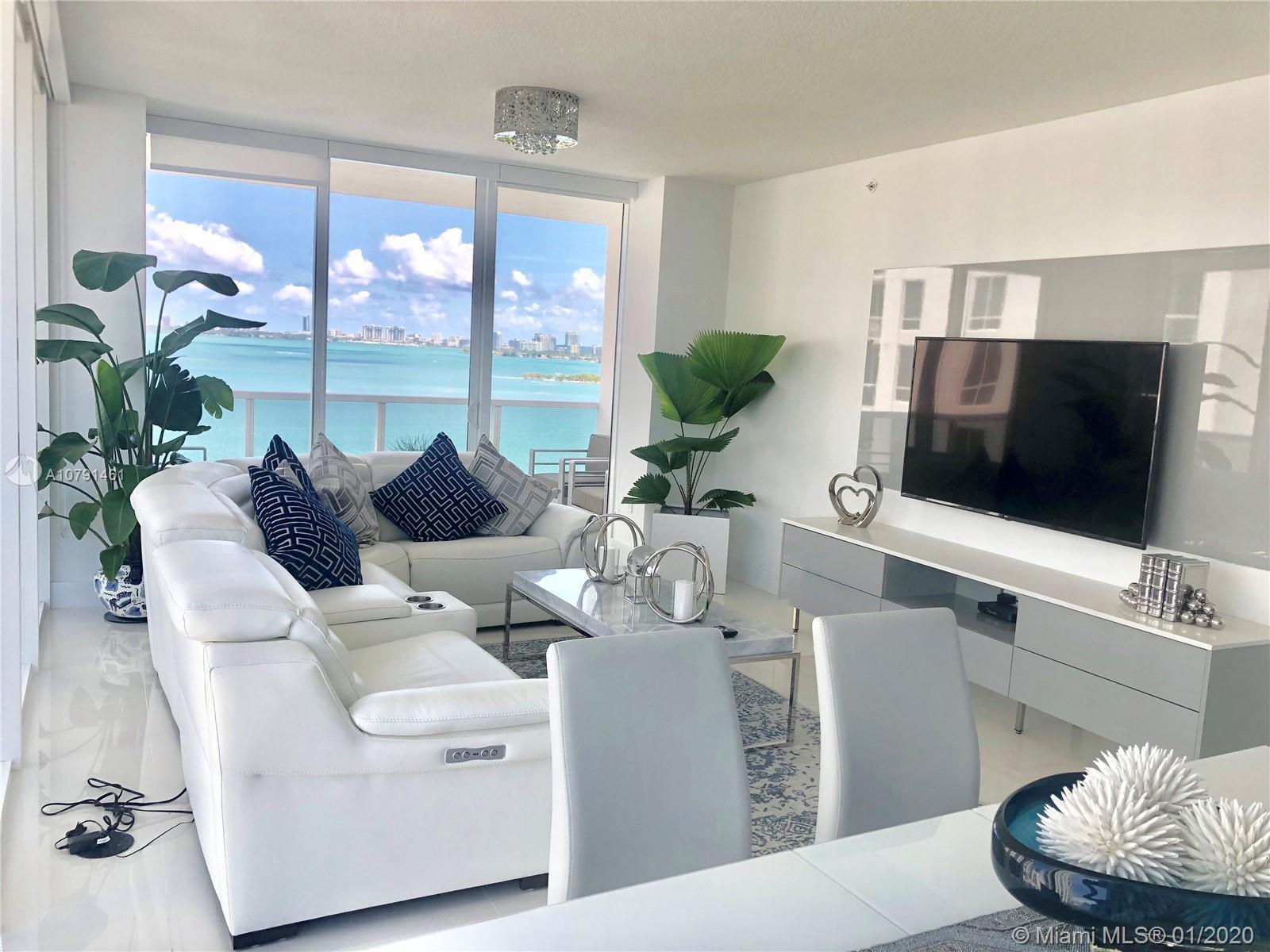 Beautiful  waterfront corner unit apartment in the heart of Edgewater area. AMAZING Ocean view. Comp