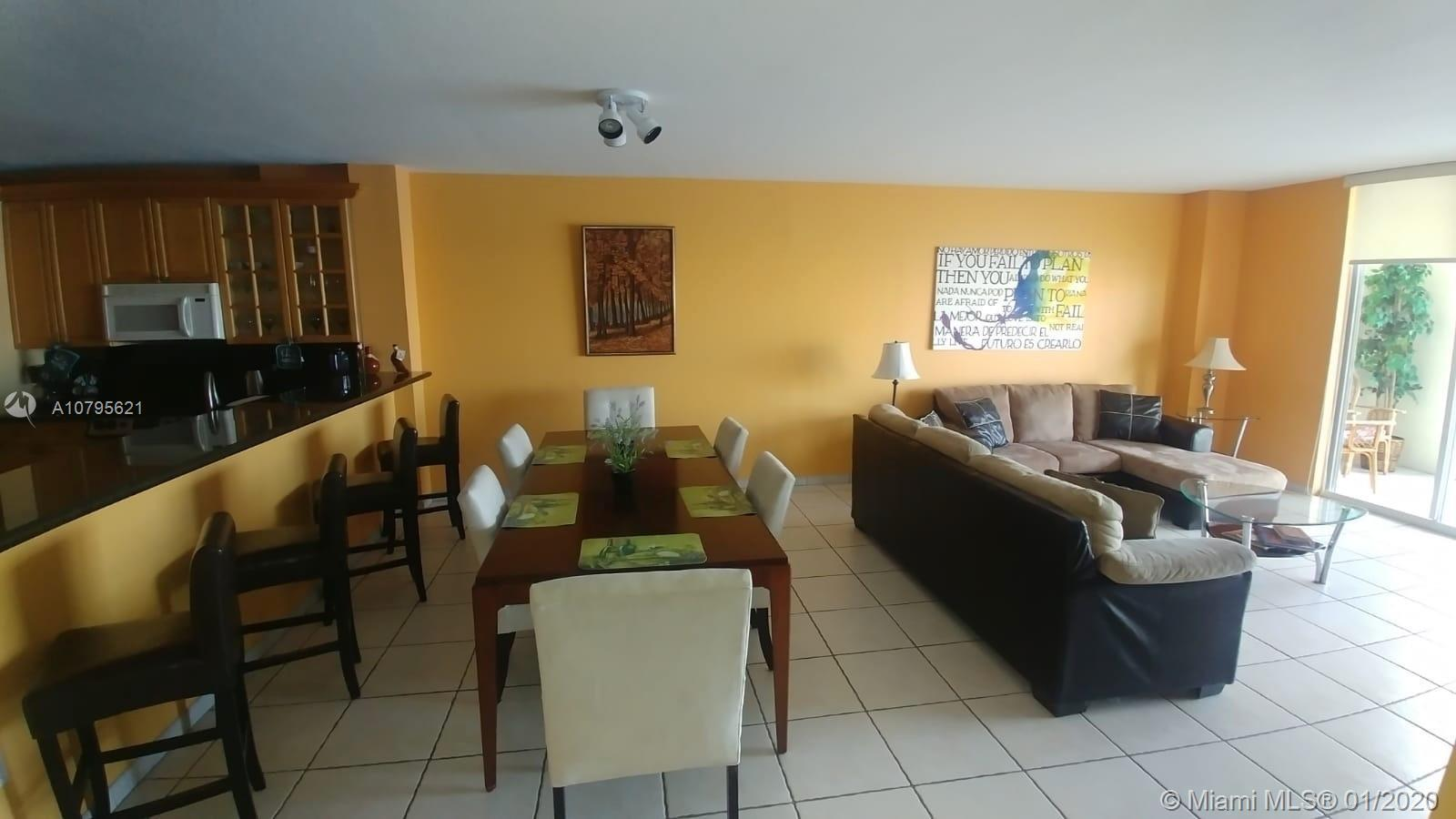 Beautiful apartment, central located. can be rented short term.