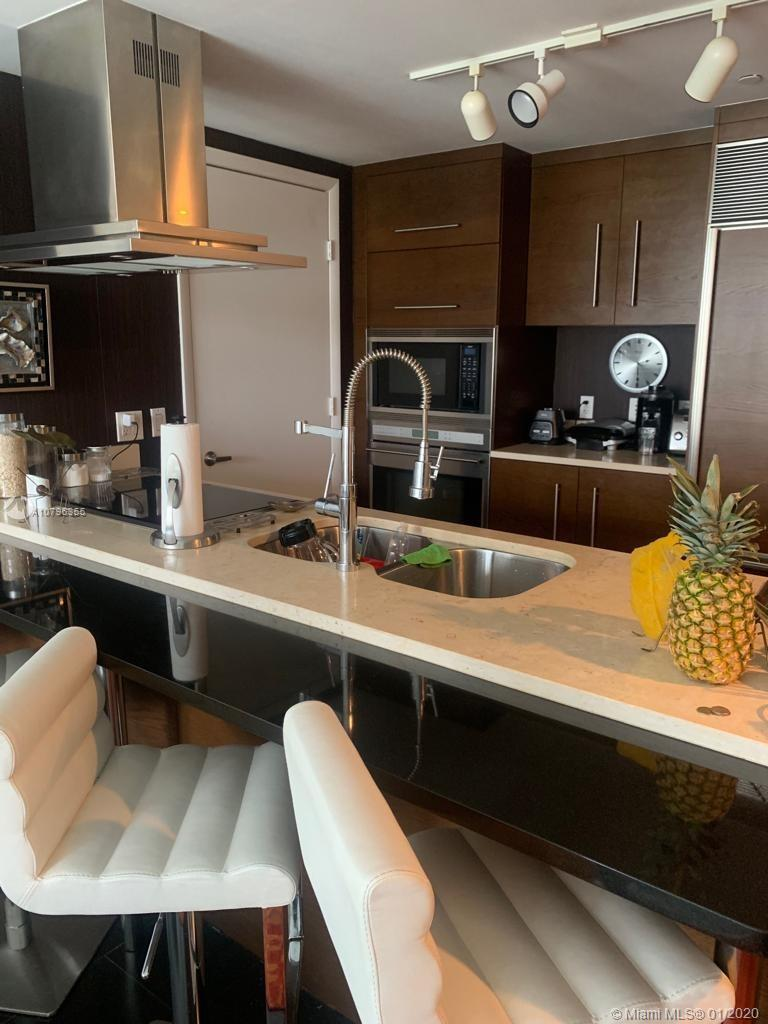 """BEAUTIFUL AND LUXURIOUS FURNISHED APARTMENT ON BISCAYNE BAY IN FULL SERVICE LUXURY BUILDING """"ICON""""."""