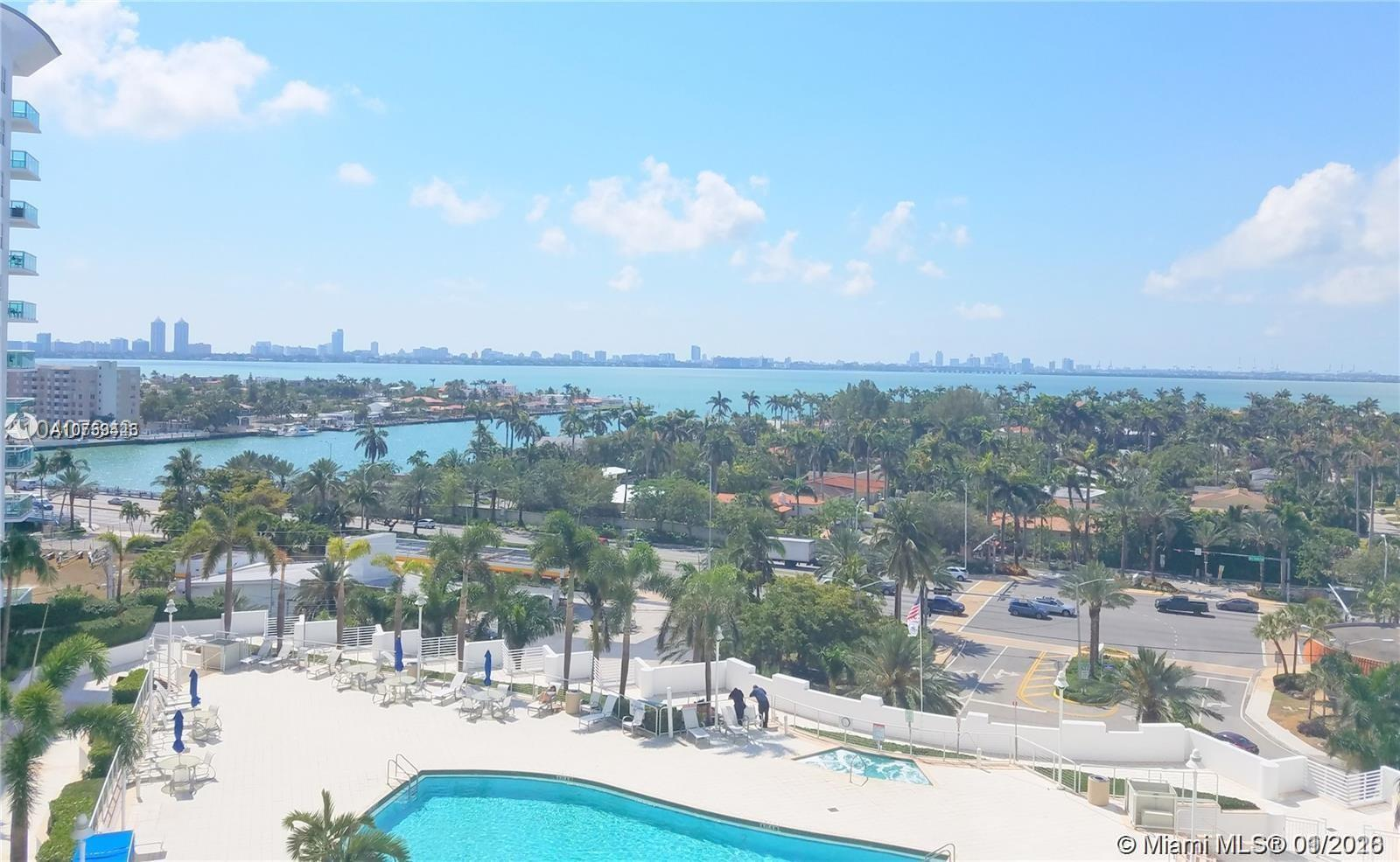 Unbelievable water and downtown  views from every room in this beautiful 2 Bedroom 2 Bath Condo. Lam