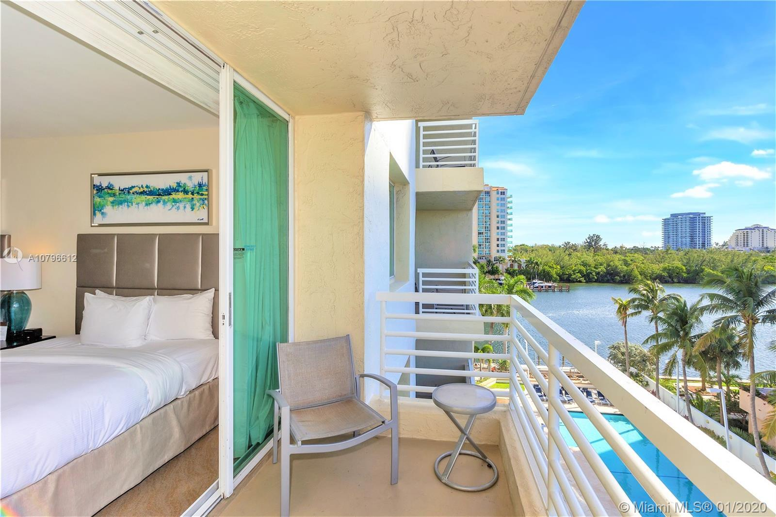 SPACIOUS 2/2 CORNER GUEST SUITE IN THE GALLERY ONE, A DOUBLETREE SUITES BY HILTON CONDO HOTEL. SOUT