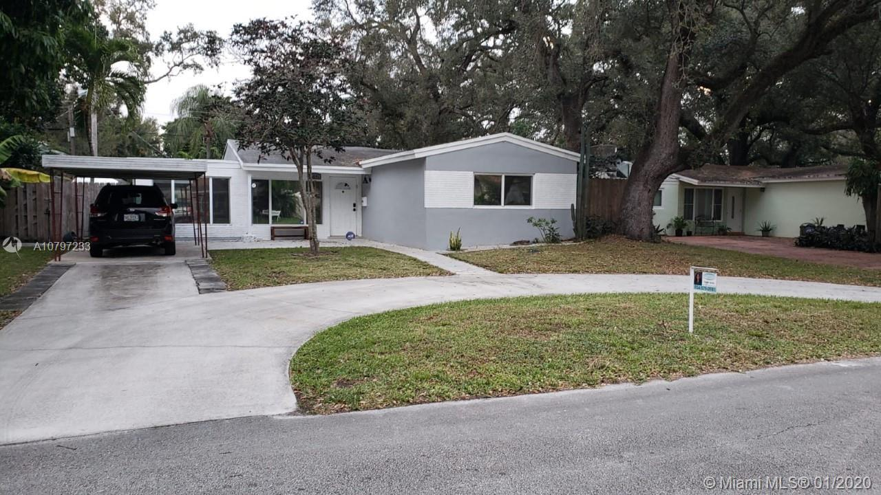 3 bedroom 2 bath, tastefully upgraded one story single family home. No HOA!!!!! tiled throughout, gr