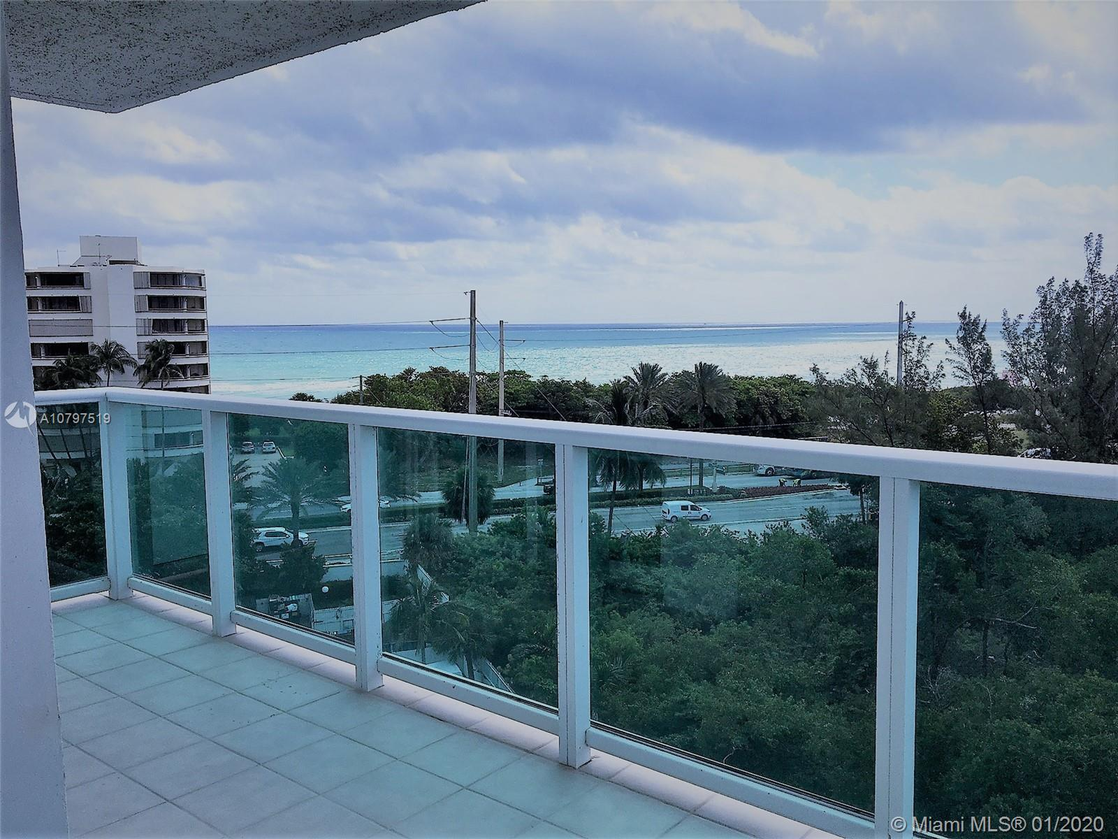 Most desired line in the Arlen House. This 2 Bed, 2 bed offers unobstructed views to the Intracoasta