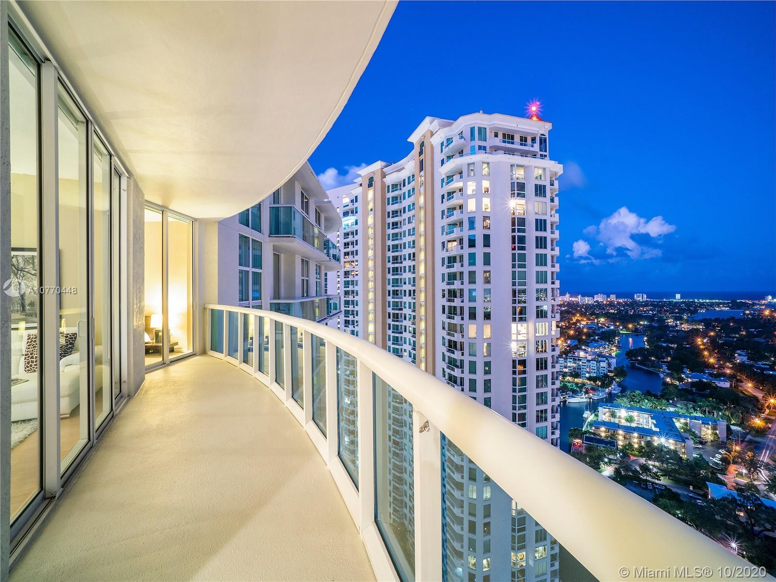 BREATHTAKING PANORAMIC VIEWS OF OCEAN, RIVER AND CITY!! HIGHLY DESIRABLE WATERGARDEN LUXURY CONDO! S