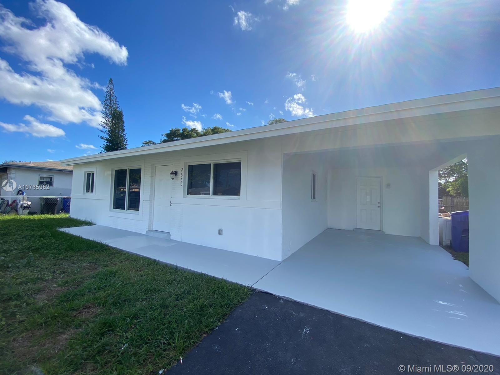 SPACIOUS 4 BEDS / 2 BATHS PERFECT FOR FIRST TIME BUYER SWITH PLENTY OF SPACE FOR A POOL. PROPERTY I