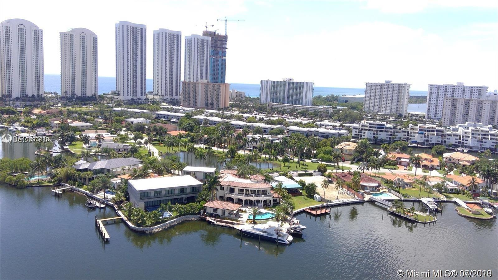 AMAZING OPPORTUNITY AT 400 SUNNY ISLES !!  MOTIVATED SELLER  !!  2 stories,  1753 sqft,  2 Bedrooms