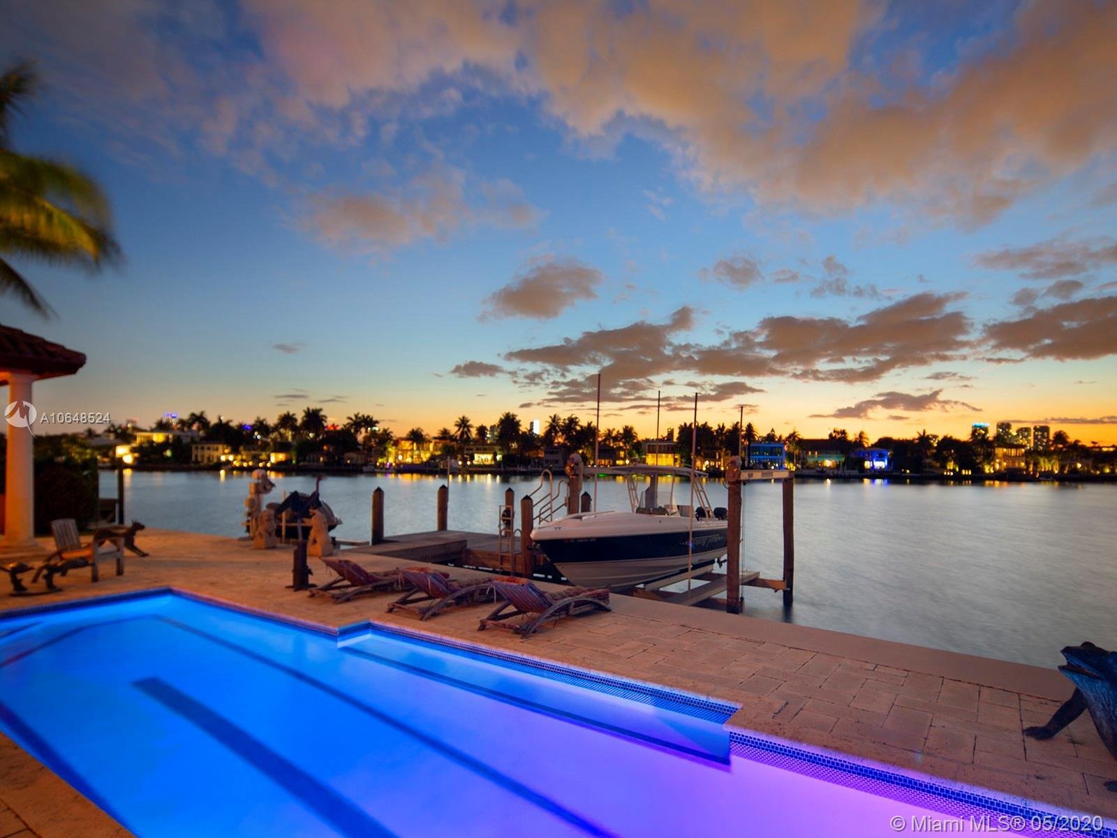 Stunning North Westerly sunset views from this beautiful Mediterranean waterfront home on the highly