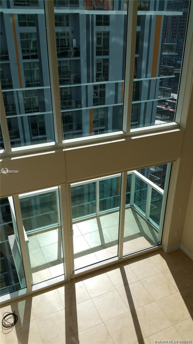 Located in Brickell on the River SOUTH. PERFECT for investors!! Unit #1406 is currently leased thru