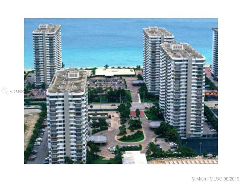 Ocean front and very spacious 1/1 and a half unit in Hallandale.Very nice community with lots of ame