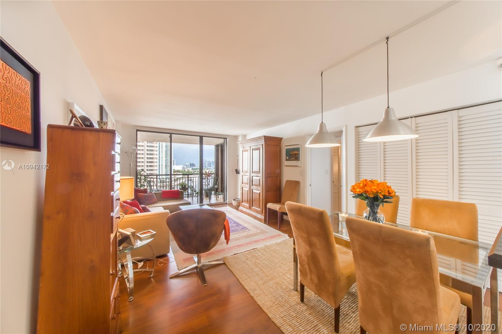Perfect unit in desirable Brickell Key, with beautiful Bay and City Views. Only line that has oversi