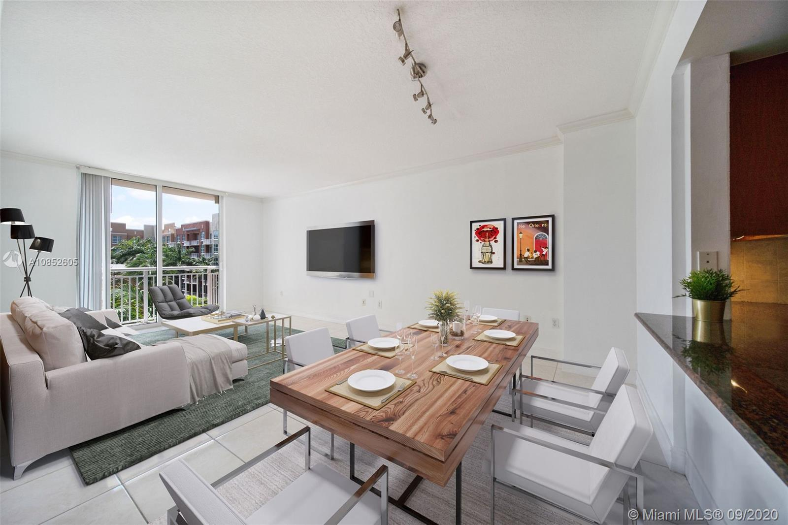 Cité on the Bay is the best Edgewater location. This turn key charming 1 bedrooms 1 bath condo with