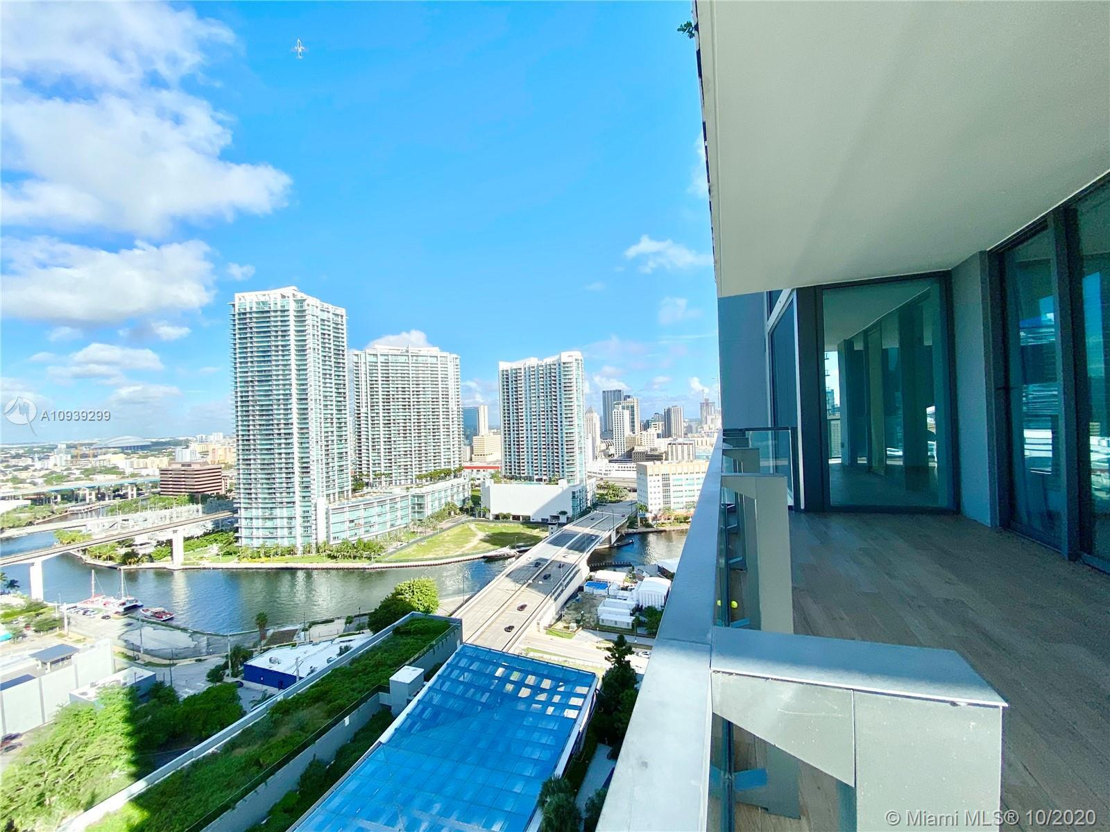 """Best priced 2 bedroom 2.5 bath corner unit at """"Reach at Brickell City Centre"""".  Live the urban lifes"""