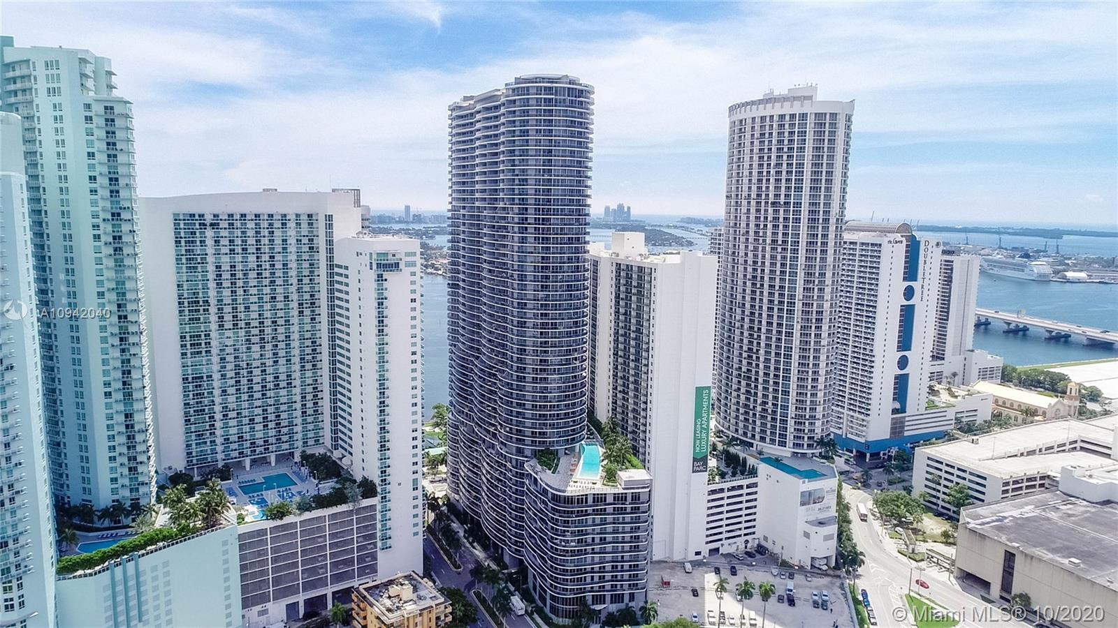 Priced to sell! Live in the center of it all at The Aria on the Bay! Enjoy this gorgeous one bedroom