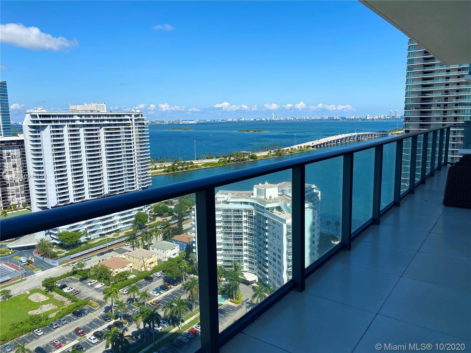Professionally decorated 2 + Den corner condo with beautiful views of the bay! This tastefully furni