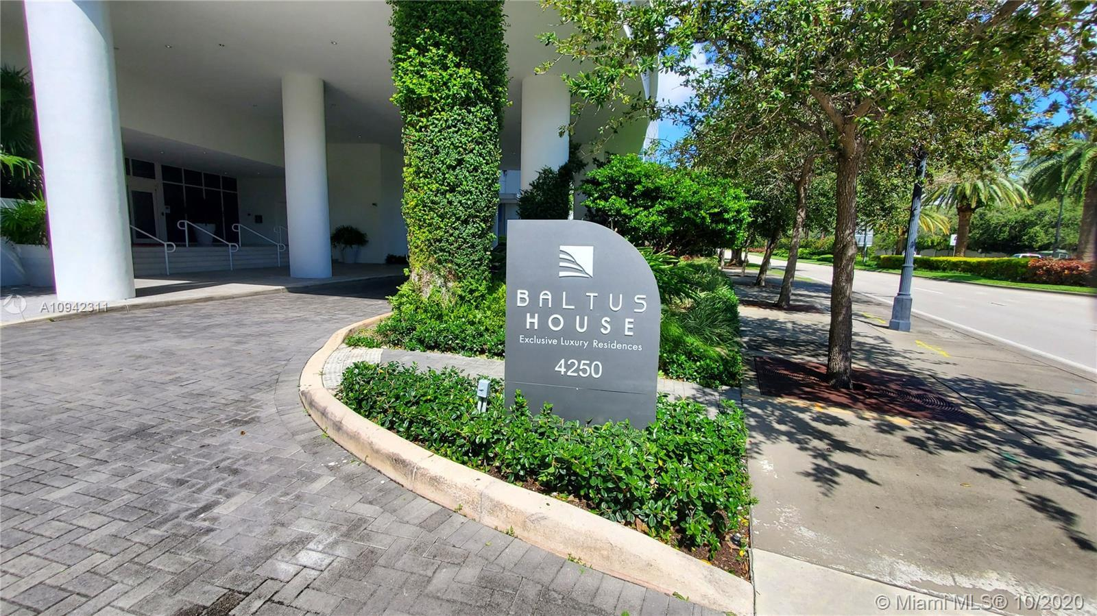 1 bedroom / 1 bathroom apartment at Baltus House condo in the Design District. Enjoy state of the ar